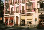 Libreria madrileña cerca del Palacio Real Autor: Raúl Cubillo Cámara Yashica Electro